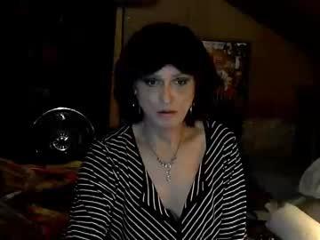 aprilbadgirl52 record webcam video from Chaturbate.com