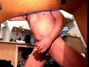 saladtossme record video with toys from Chaturbate.com