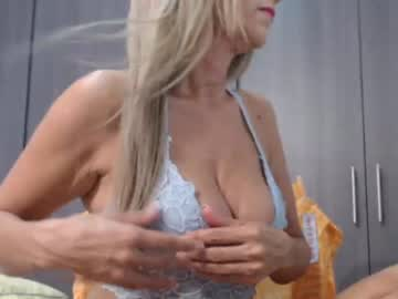 rubymilf_4 webcam video from Chaturbate