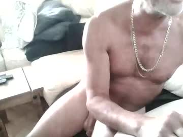 00719600 record public show video from Chaturbate