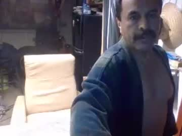 firmefred00 record public show video from Chaturbate.com