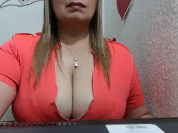 judithsex233 public show from Chaturbate