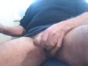 leroberto06 record show with toys from Chaturbate