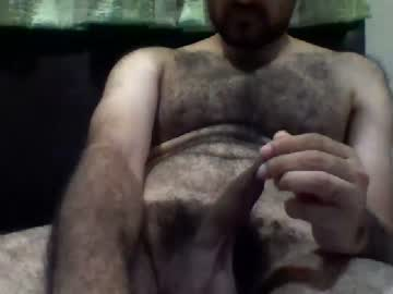 rickguh12 cam show from Chaturbate
